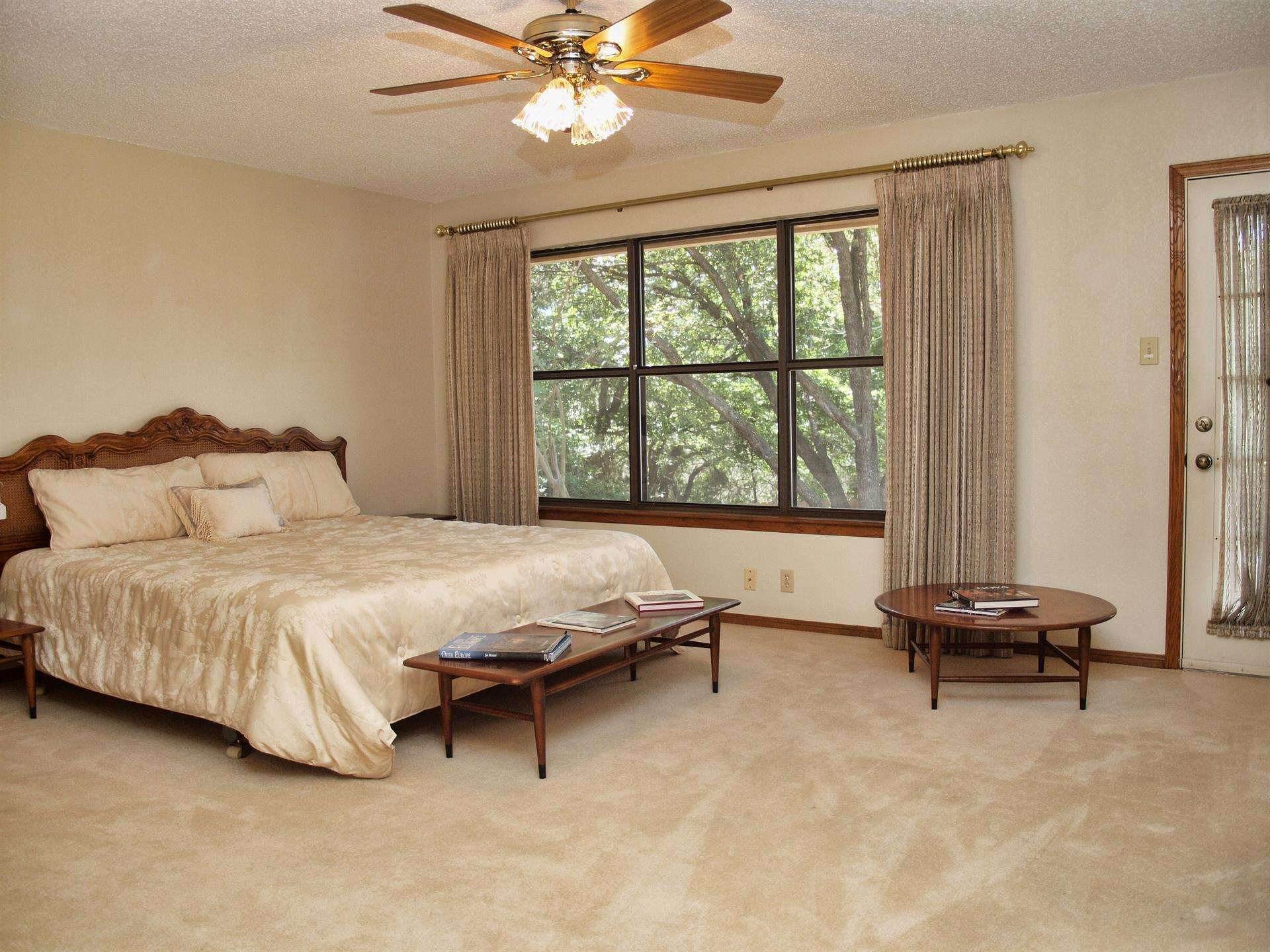 Additional photo for property listing at 5111 Saddleridge Cove 5111 Saddleridge Cove Austin, Texas 78759 Estados Unidos