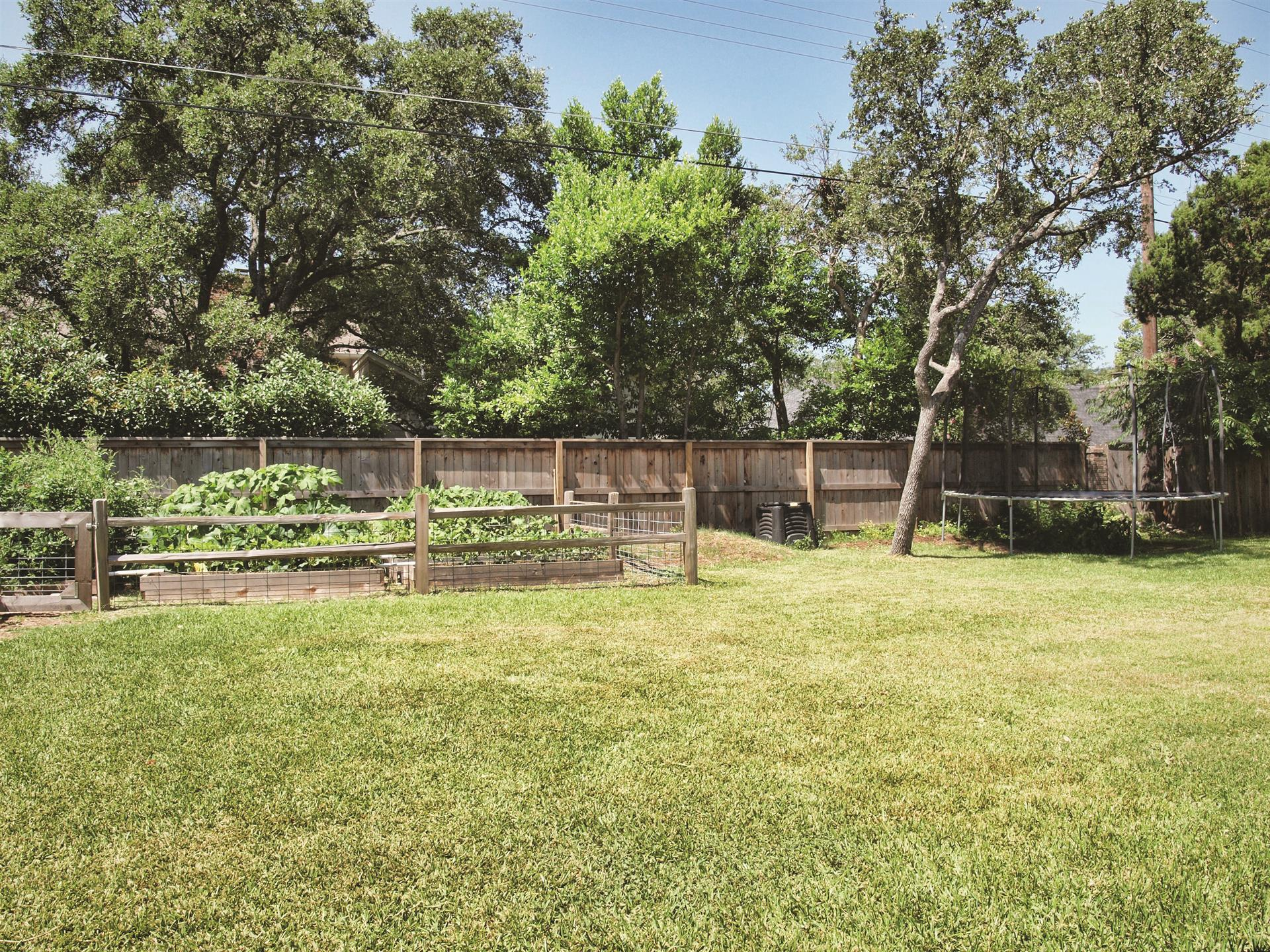 Additional photo for property listing at 4215 Endcliffe Drive  Austin, Texas 78731 Estados Unidos