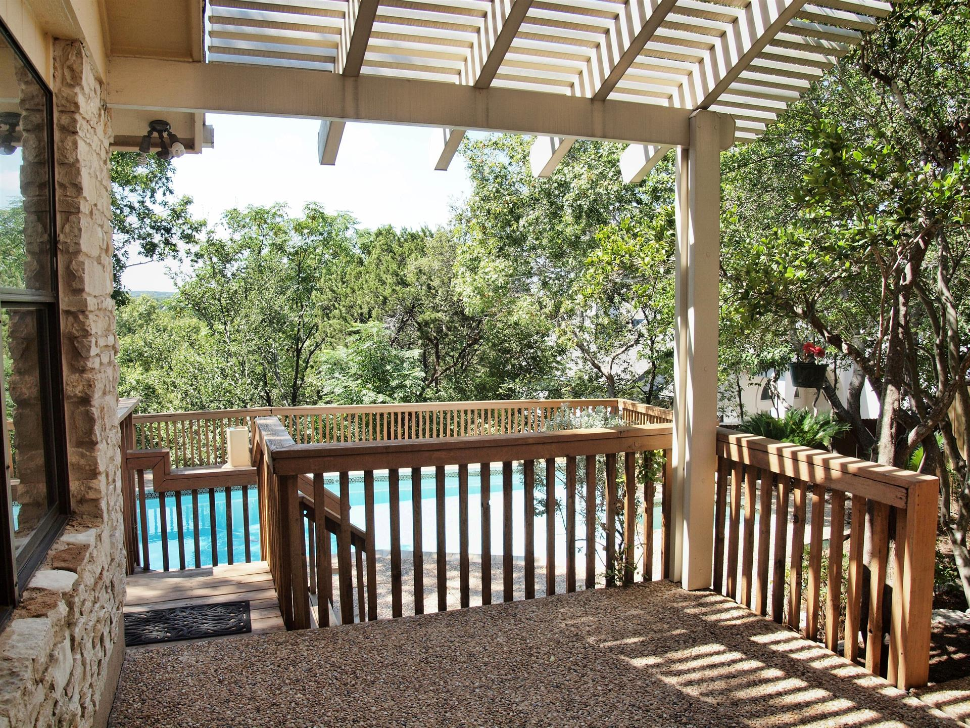 Additional photo for property listing at 5111 Saddleridge Cove  Austin, Texas 78759 Estados Unidos