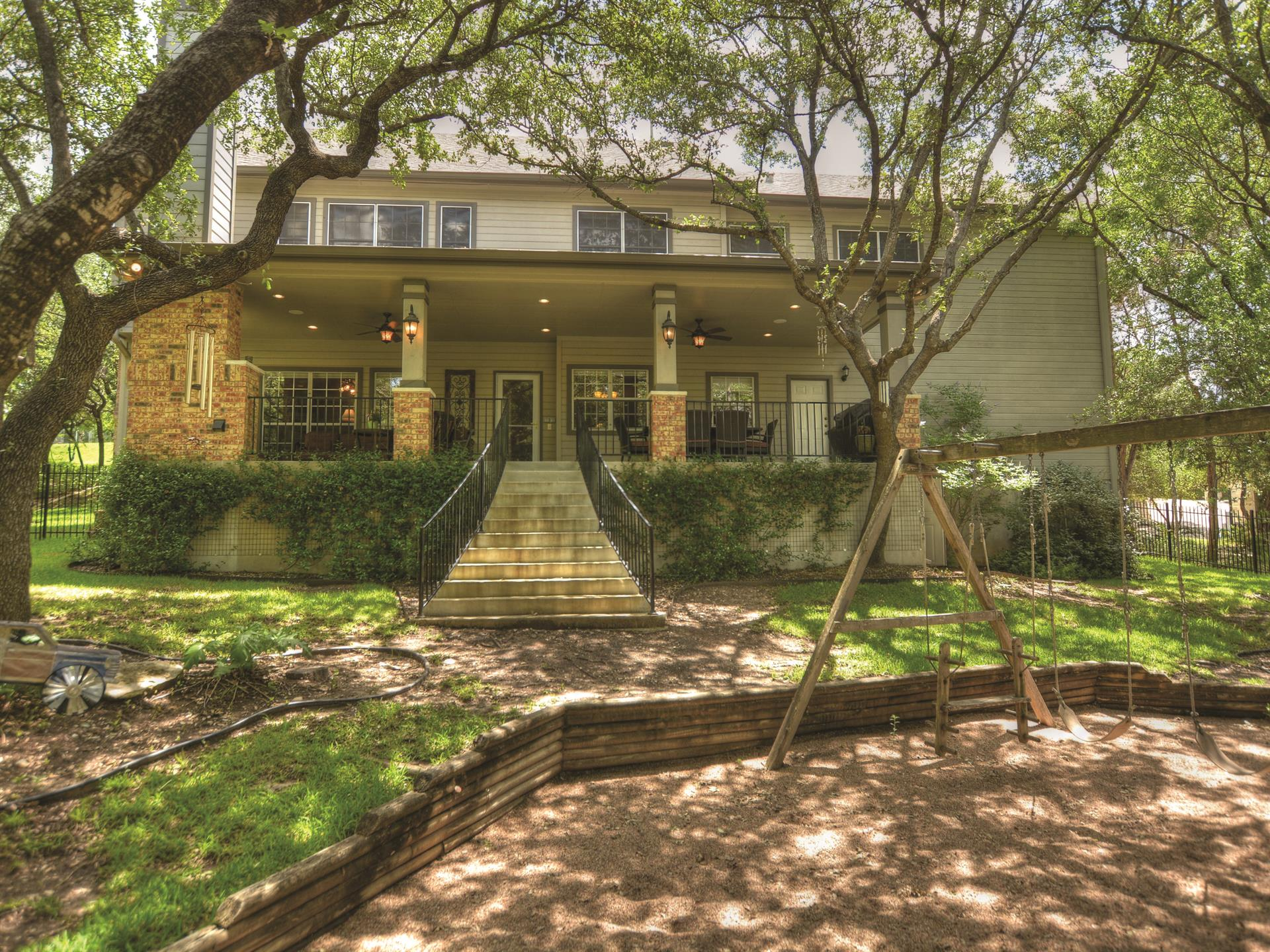 Additional photo for property listing at 6006 Lonesome Valley Trail 6006 Lonesome Valley Trail Austin, Texas 78731 United States