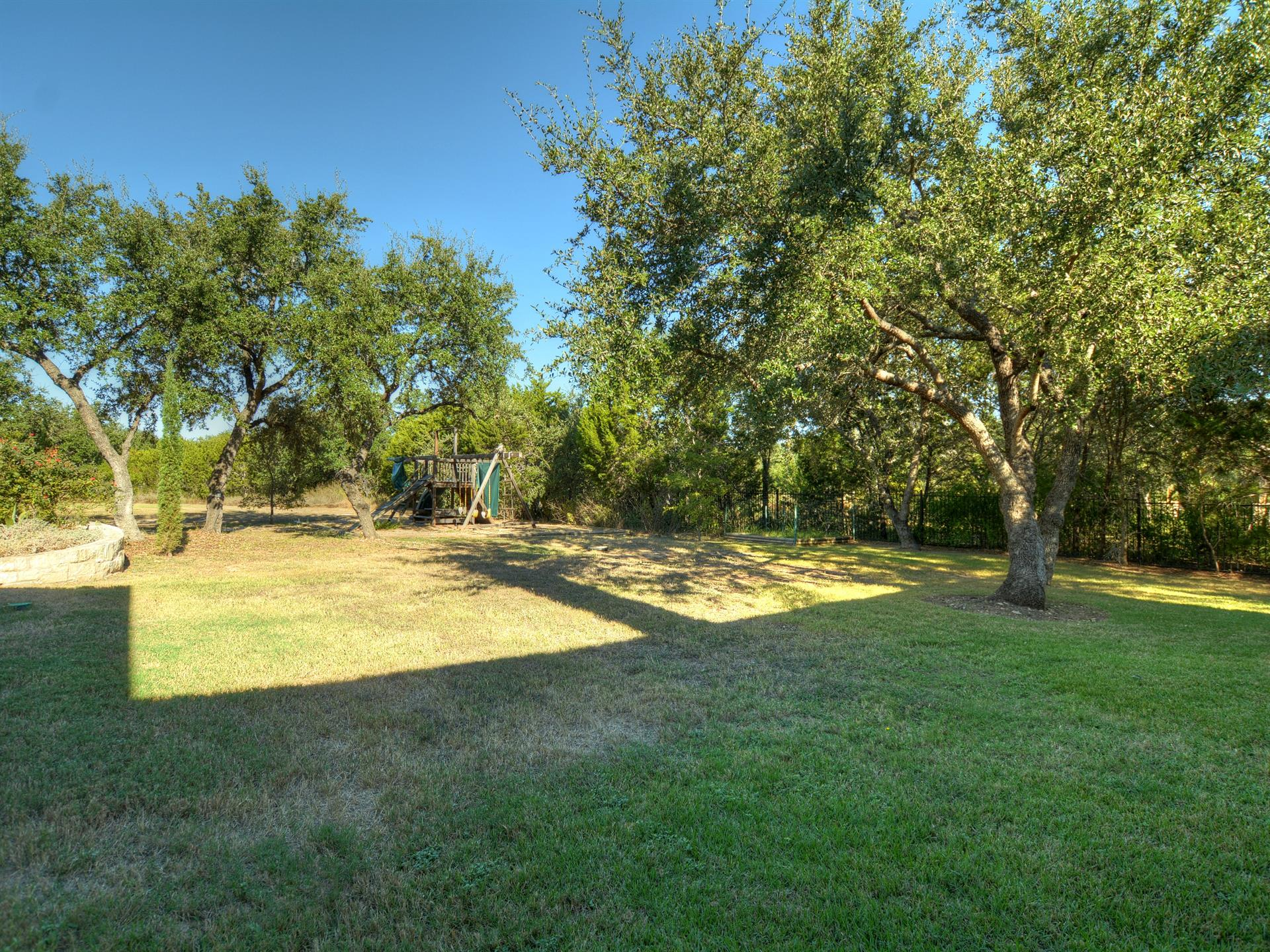 Additional photo for property listing at 5808 Laguna Cliff Lane  Austin, Texas 78734 Estados Unidos