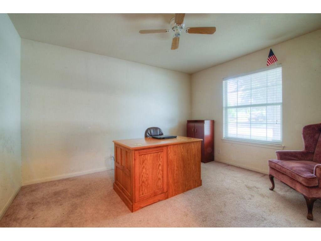 Additional photo for property listing at 537 Hampton ST 537 Hampton ST Buda, Texas 78610 Estados Unidos