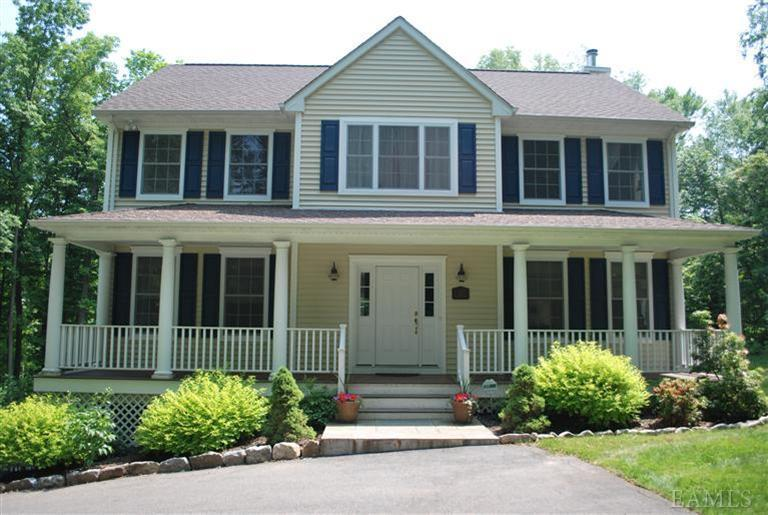 sold property at 30 Spruce Street, Lake Peekskill, New York 10537