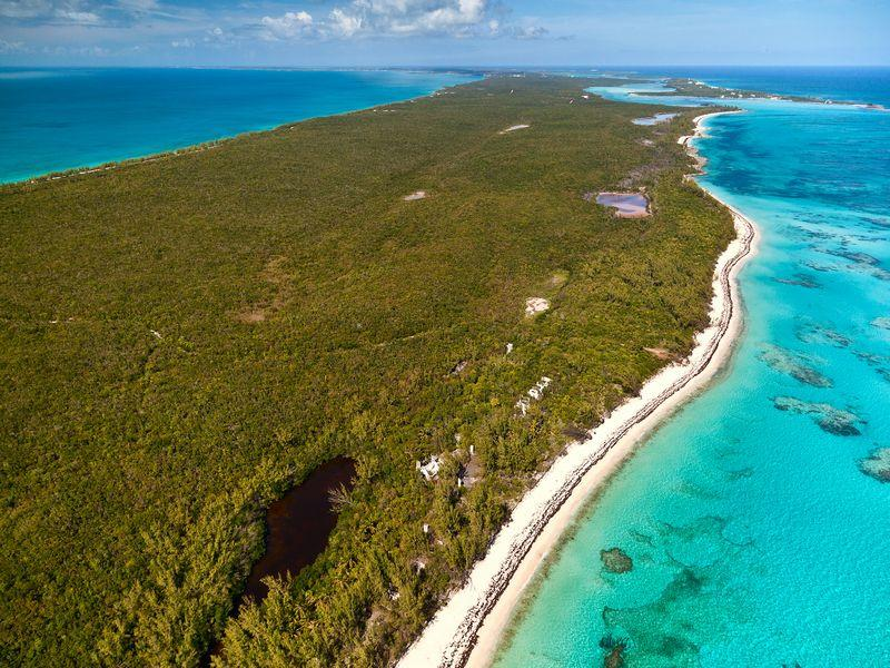 Additional photo for property listing at Sea to Sea Acreage Tarpum Bay Tarpum Bay, Eleuthera 0 Bahamas