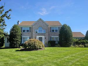Additional photo for property listing at 30 Priory Road West Windsor, NJ Autres Pays
