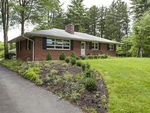 Additional photo for property listing at 127 Carter Road Princeton, NJ Princeton, New Jersey États-Unis