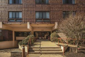 Additional photo for property listing at 1 Markham Road Unit 1D Princeton, NJ Princeton, Nueva Jersey Estados Unidos