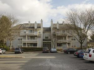 Additional photo for property listing at 104 Olympic Court, #12 West Windsor, NJ West Windsor, New Jersey États-Unis