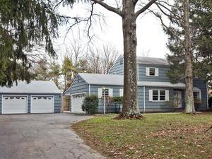 Additional photo for property listing at 946 Route 518 Skillman, NJ Skillman, Nueva Jersey Estados Unidos