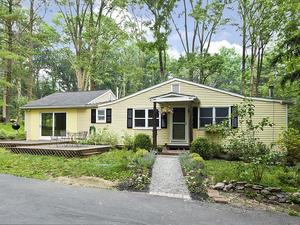 Additional photo for property listing at 15 Crusher Road Hopewell, NJ 霍普维尔, 新泽西州 美国