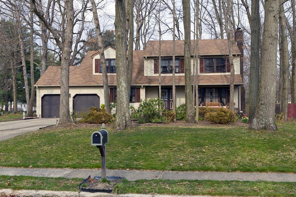 Additional photo for property listing at 187 Oak Creek Road East Windsor, NJ East Windsor, Nueva Jersey Estados Unidos