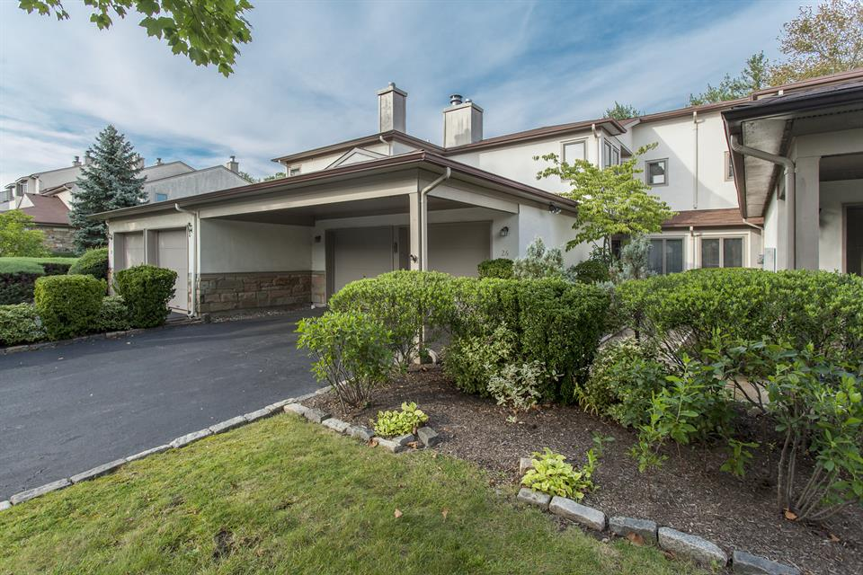 Additional photo for property listing at 26 Jackie Drive Lawrenceville, NJ (Lawrence Township) Lawrenceville, Nueva Jersey Estados Unidos