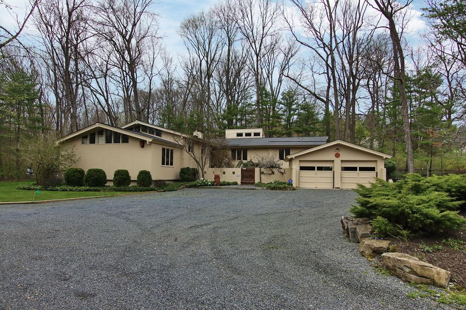 Additional photo for property listing at 4570 Province Line Road Princeton, NJ (Lawrence Township) Princeton, New Jersey États-Unis