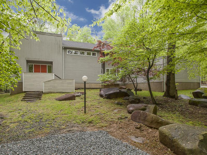 Additional photo for property listing at 28 Bouvant Drive Princeton, NJ 普林斯顿, 新泽西州 美国