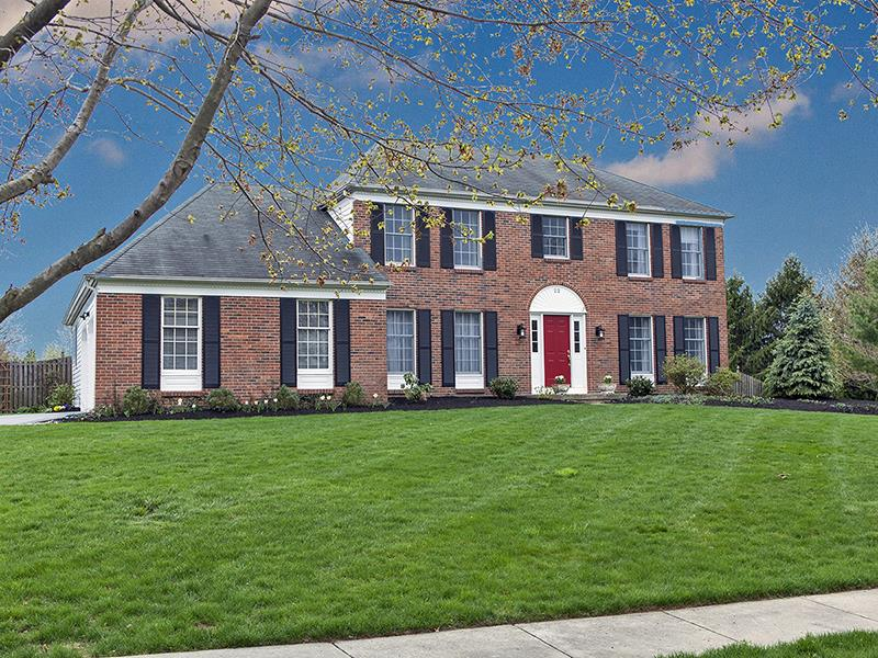 Autre pour l Vente à 22 Oakwood Way West Windsor Township, NJ W Windsor Township, New Jersey États-Unis