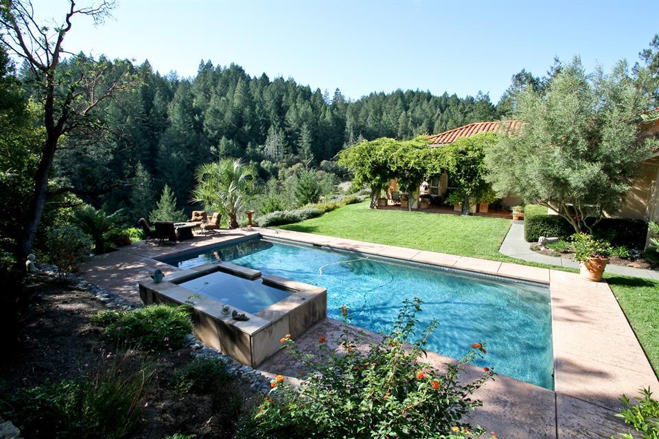 sold property at 1460 White Oak,  Santa Rosa