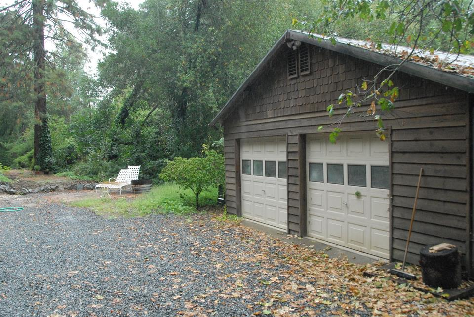 sold property at 15600 Norton Road, Healdsburg