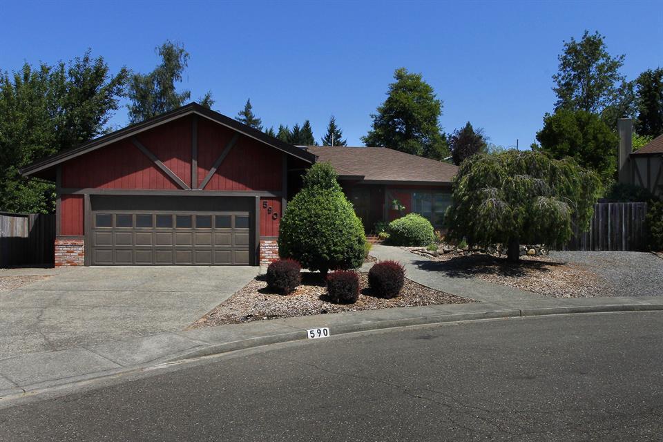 sold property at 590 Teresa Ct, Sebastopol, California