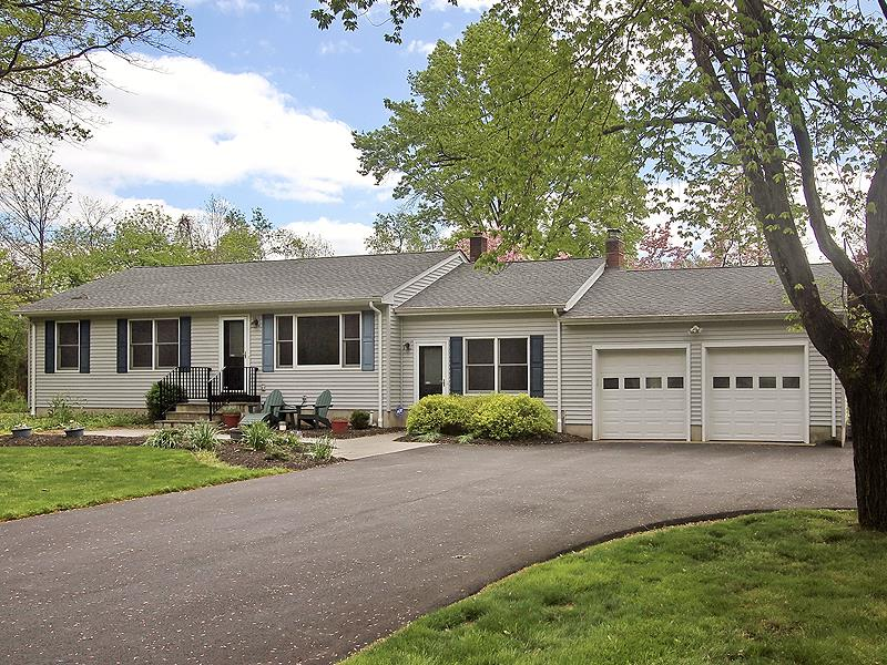 Additional photo for property listing at 67 Sunset Road Belle Mead, NJ (Montgomery Township) Belle Mead, Nueva Jersey Estados Unidos