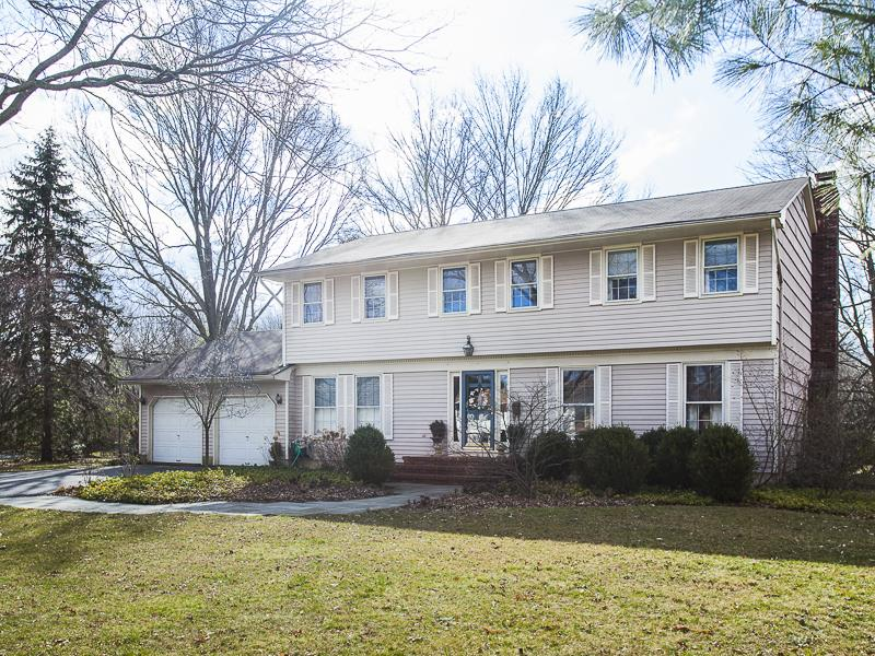 Новая постройка для того Продажа на 19 Lakeshore Drive Princeton Jct, NJ (West Windsor Twp) Princeton Junction, Нью-Джерси Соединенные Штаты
