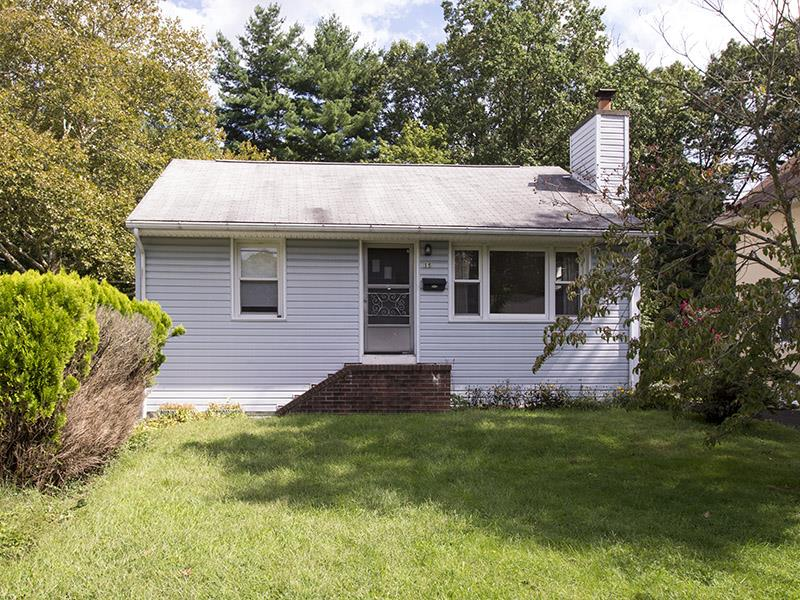 Новая постройка для того Продажа на 15 Berrien Avenue Princeton Jct., NJ (West Windsor Twp) Princeton Junction, Нью-Джерси Соединенные Штаты