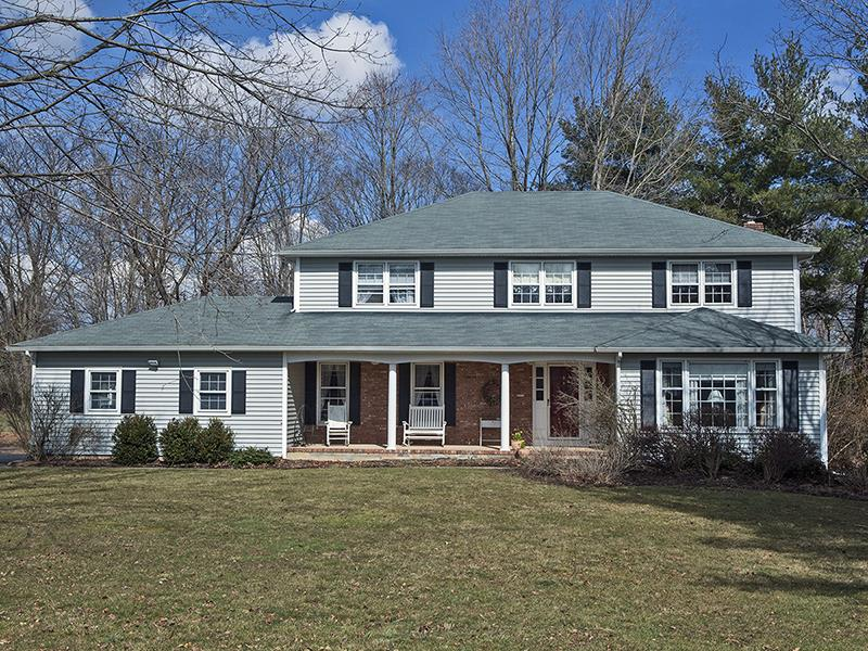 Additional photo for property listing at 40 Catskill Court Montgomery Township, NJ Other Areas, Нью-Джерси Соединенные Штаты