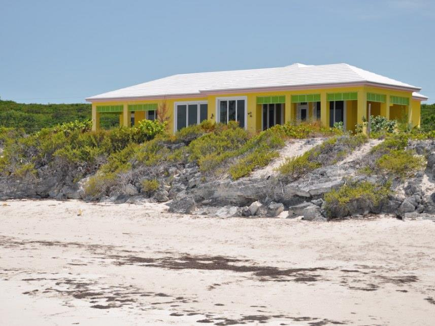 Additional photo for property listing at Hughes Villa, George Town, Exuma Autres Exuma, Exuma Bahamas