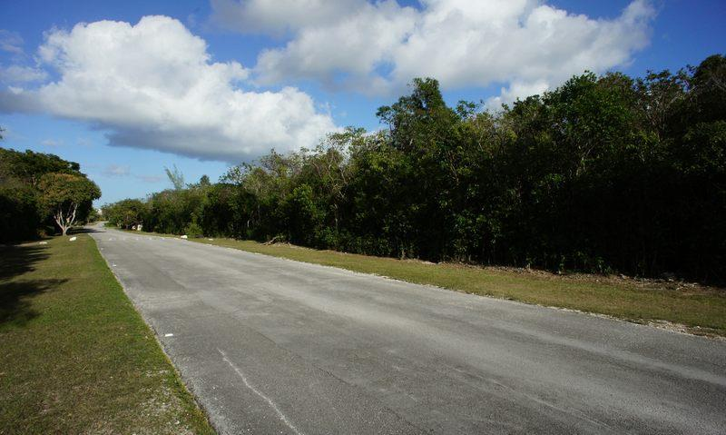 Additional photo for property listing at Lot on Bougainvillea Drive, Lyford Cay, Nassau Lyford Cay, New Providence/Nassau Bahamas