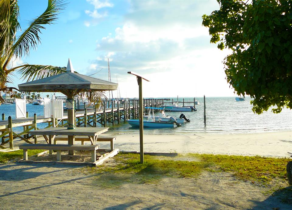 Additional photo for property listing at Seashore Villas, Guana Cay, Abaco Guana Cay, Abaco Bahamas