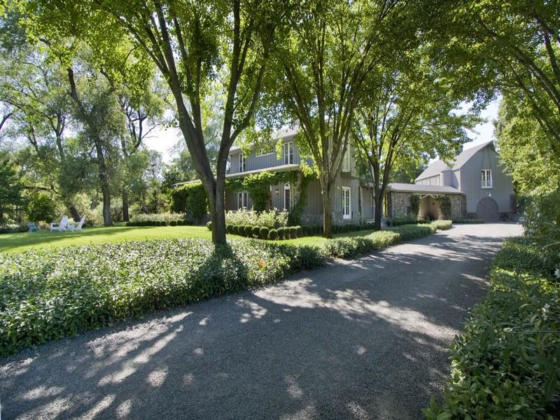 sales property at 7899 Dry Creek Road, California