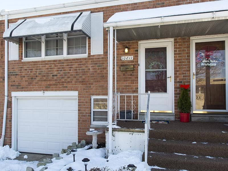 Additional photo for property listing at 10811 Hawley Road Philadelphia, PA 19154 Otros Países