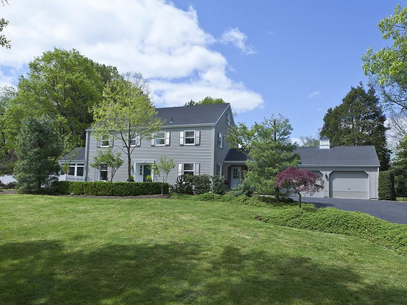 Additional photo for property listing at 9 Meadow Lane Hopewell Township, NJ Autres Pays