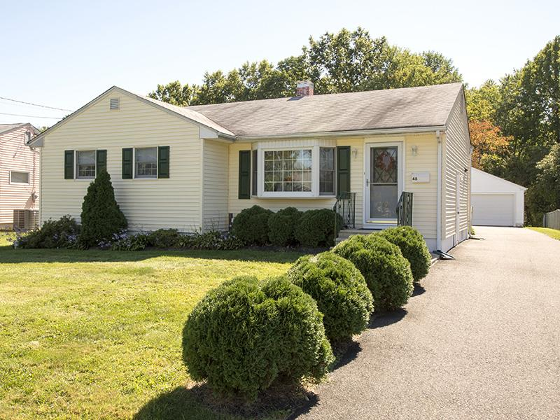 Additional photo for property listing at 48 Sherbrooke Road Ewing, NJ Ewing, Нью-Джерси Соединенные Штаты