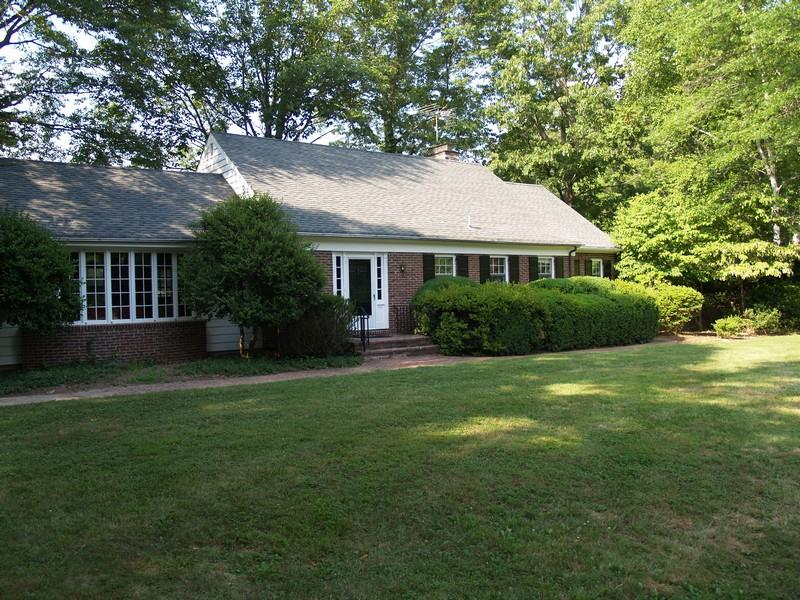 Additional photo for property listing at 19 Elm Ridge Road Pennington, NJ (Hopewell Township) Otros Países