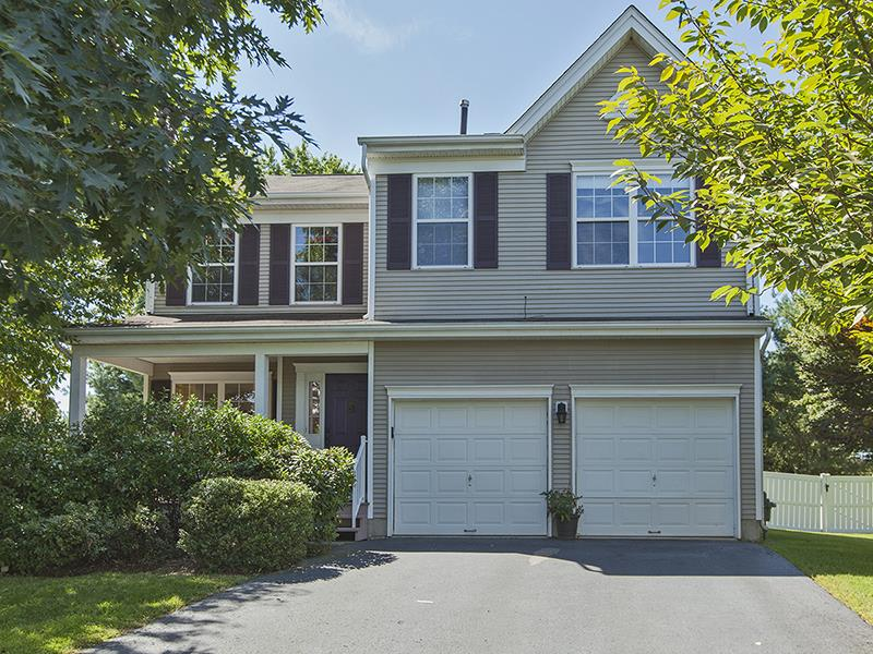 Additional photo for property listing at 10 Oakmont Terrace East Windsor, NJ 其他国家