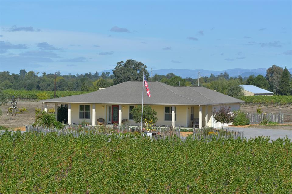 Additional photo for property listing at 4721 Hall Road, Santa Rosa Autres Pays