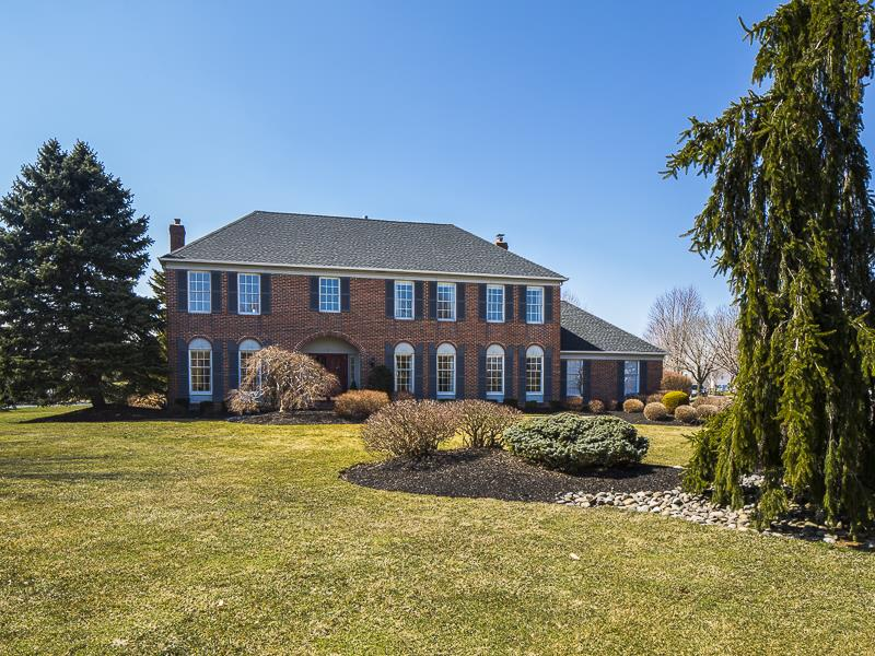 Additional photo for property listing at 2 Radford Court West Windsor, NJ West Windsor, New Jersey États-Unis