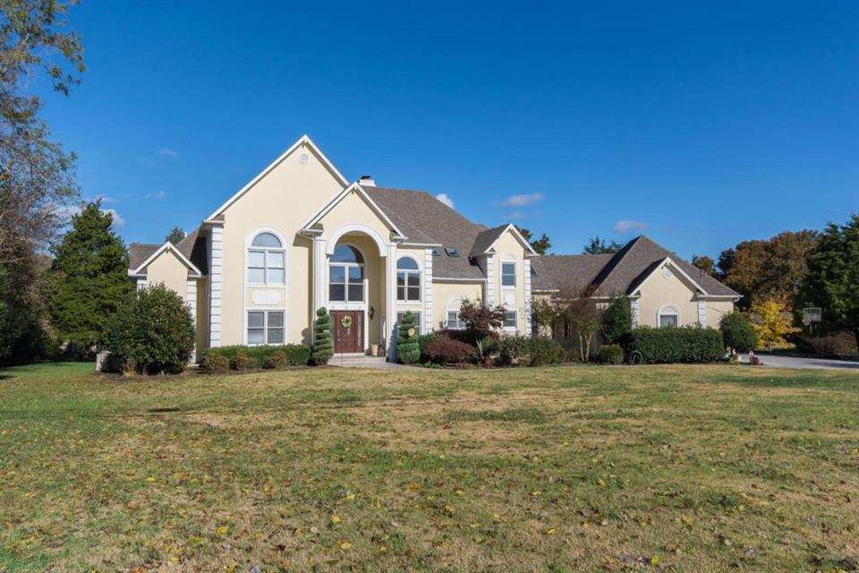 Additional photo for property listing at 12911 Fleenor Rd Knoxville, TN 37934 Otros Países