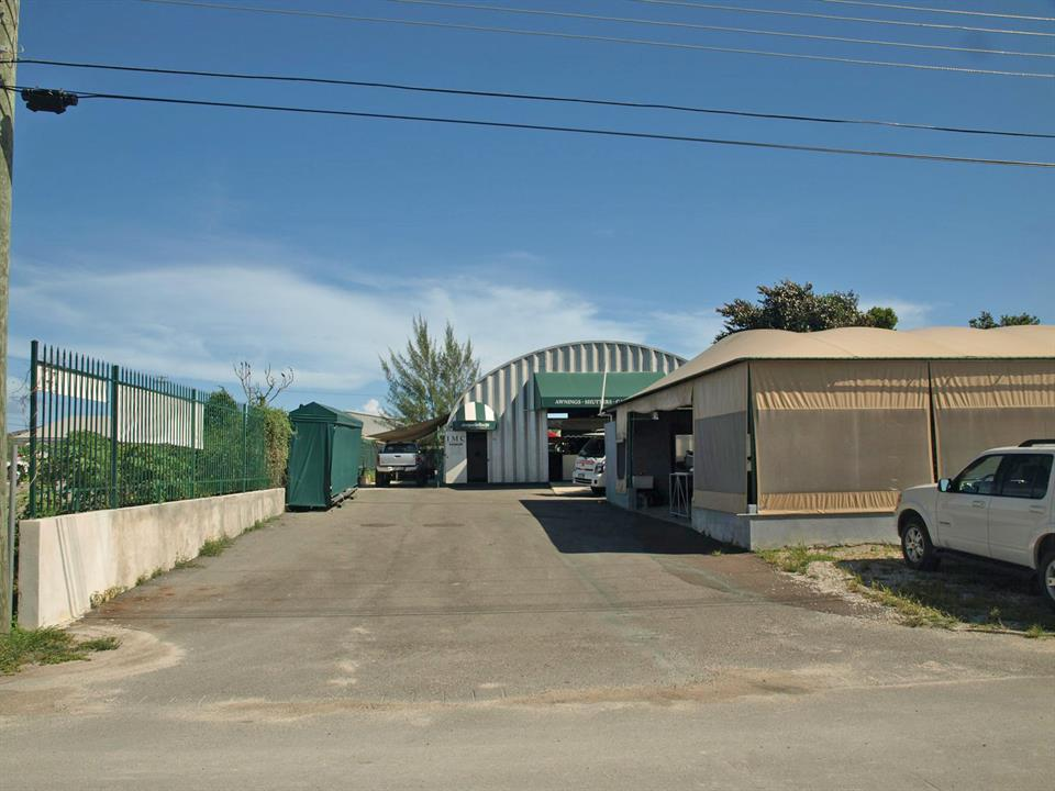 Additional photo for property listing at Warehouse in Airport Industrial Park  Airport Industrial Park, New Providence/Nassau . Bahamas