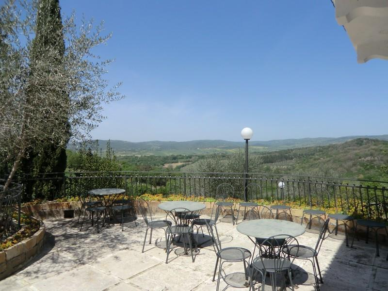Single Family Home for Sale at Countryhouse with olive trees and gardens in Maremma Saturnia, Grosseto Saturnia, _ Italy