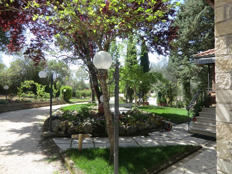 Additional photo for property listing at Countryhouse with olive trees and gardens in Maremma Saturnia, Grosseto Saturnia, Grosseto _ Italy
