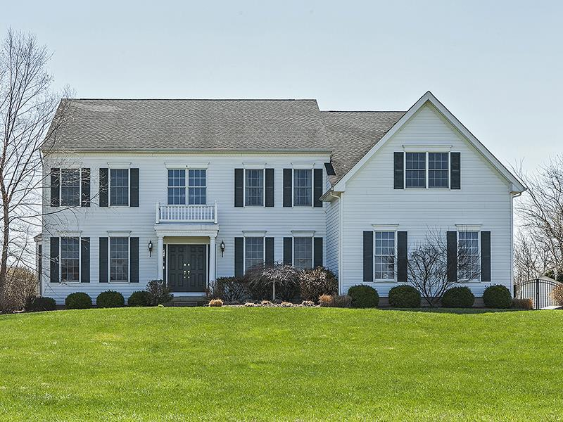 Autre pour l Vente à 8 Claridge Lane Raritan Township, NJ Flemington, New Jersey États-Unis