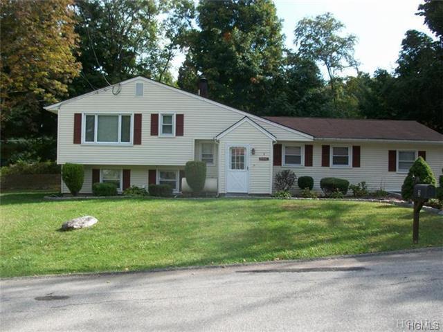 sold property at 2 Logwynn Lane, Cortlandt Manor, NY 10567