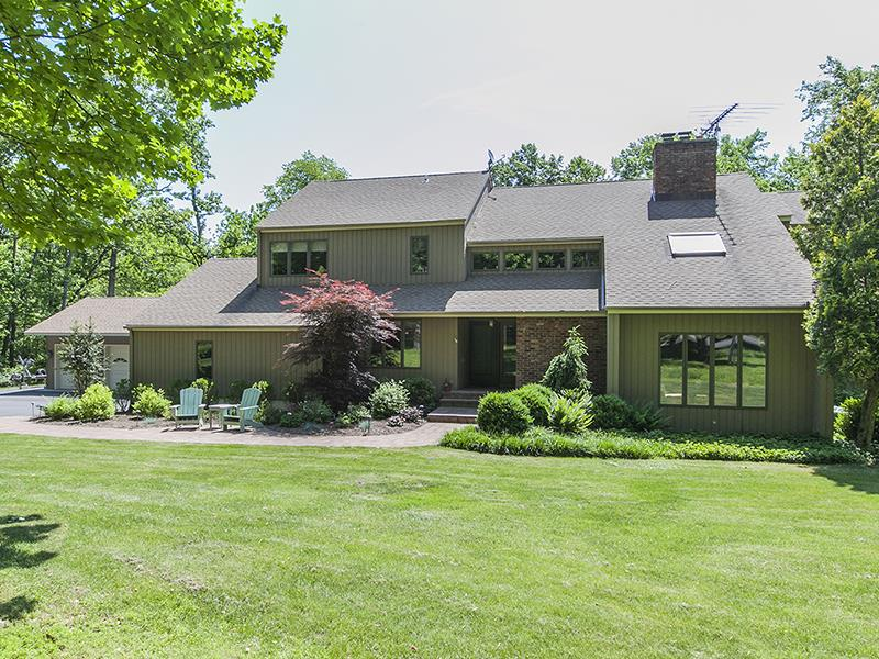 Additional photo for property listing at 9 Camila Drive Franklin Township (Hunterdon County) Otras Áreas, USA