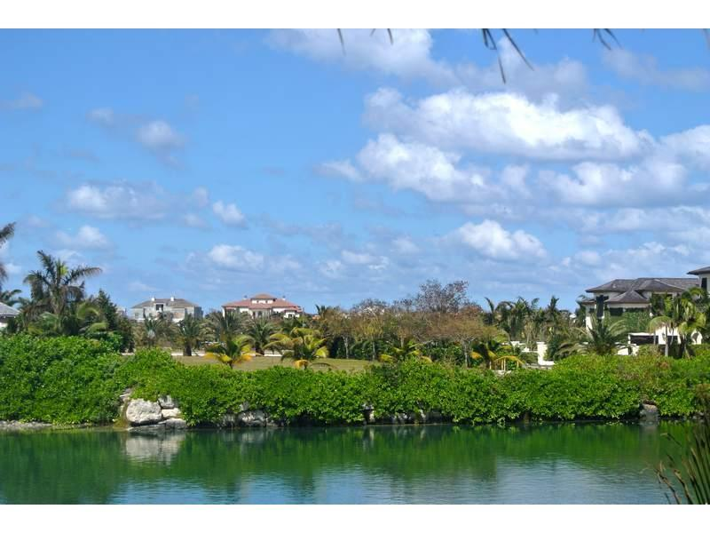 sold property at #9 Charlotte Island, Old Fort Bay, Nassau, Bahamas