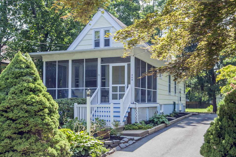 Additional photo for property listing at 408 Hale Street Pennington, NJ Pennington, Nueva Jersey Estados Unidos