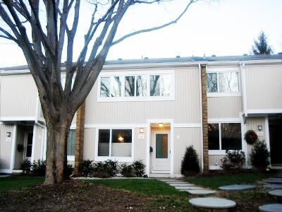 Additional photo for property listing at 17 Gordon Way Princeton, NJ Princeton, New Jersey États-Unis