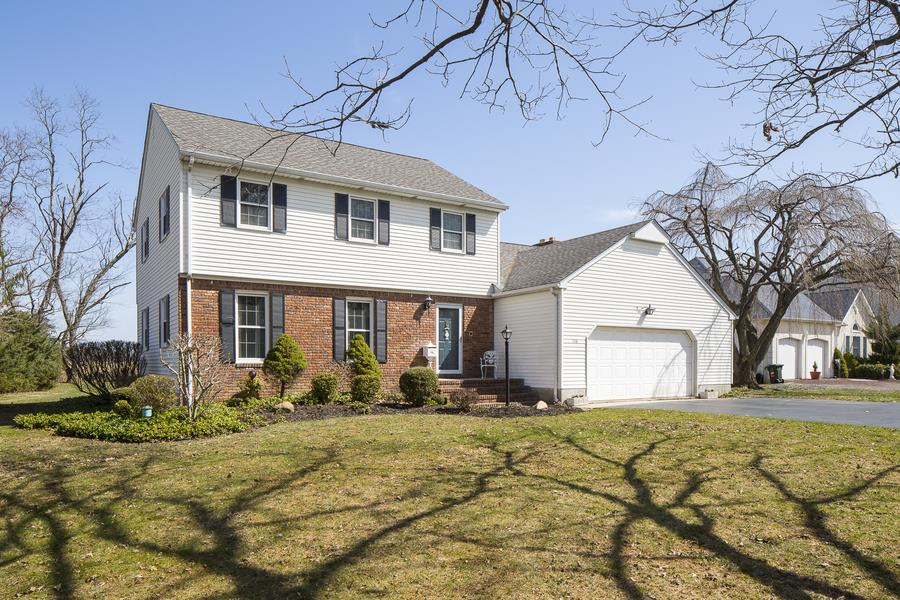 Additional photo for property listing at 136 Plainsboro Road Cranbury, NJ Autres Pays