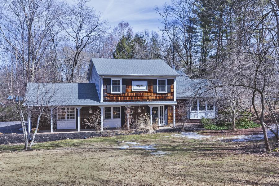 sold property at 27 Montgomery Avenue Rocky Hill, NJ