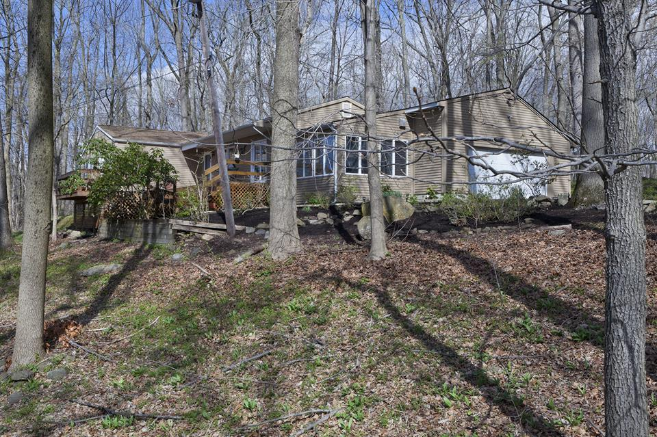 Additional photo for property listing at 168 Crusher Road Hopewell, NJ Hopewell, New Jersey États-Unis